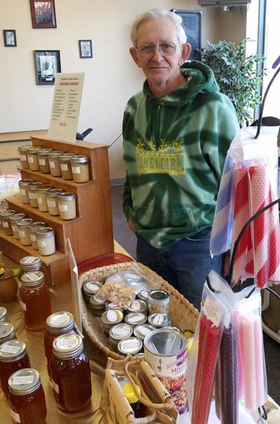 Johnson Honey Farm With Bill Louise Johnson Dubuque Winter Farmers Market